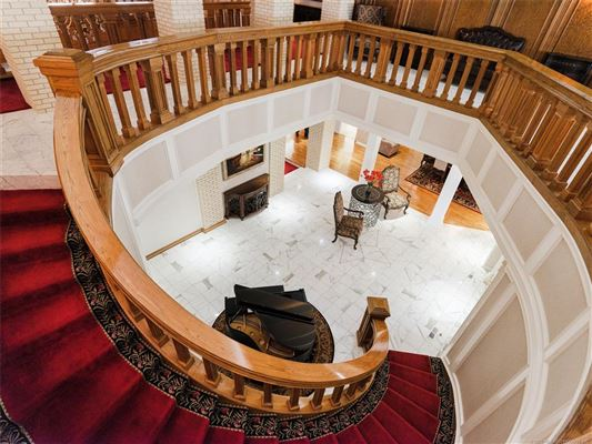 exquisite home on 28 acres mansions