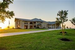 Luxury real estate exquisite home on 28 acres