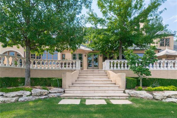 resort-like Builders personal custom home luxury homes