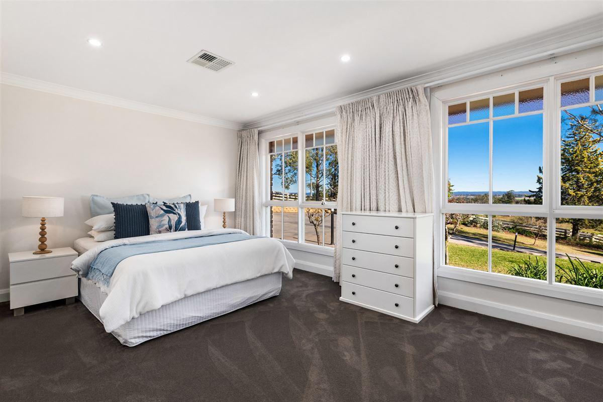 spectacular property  luxury properties