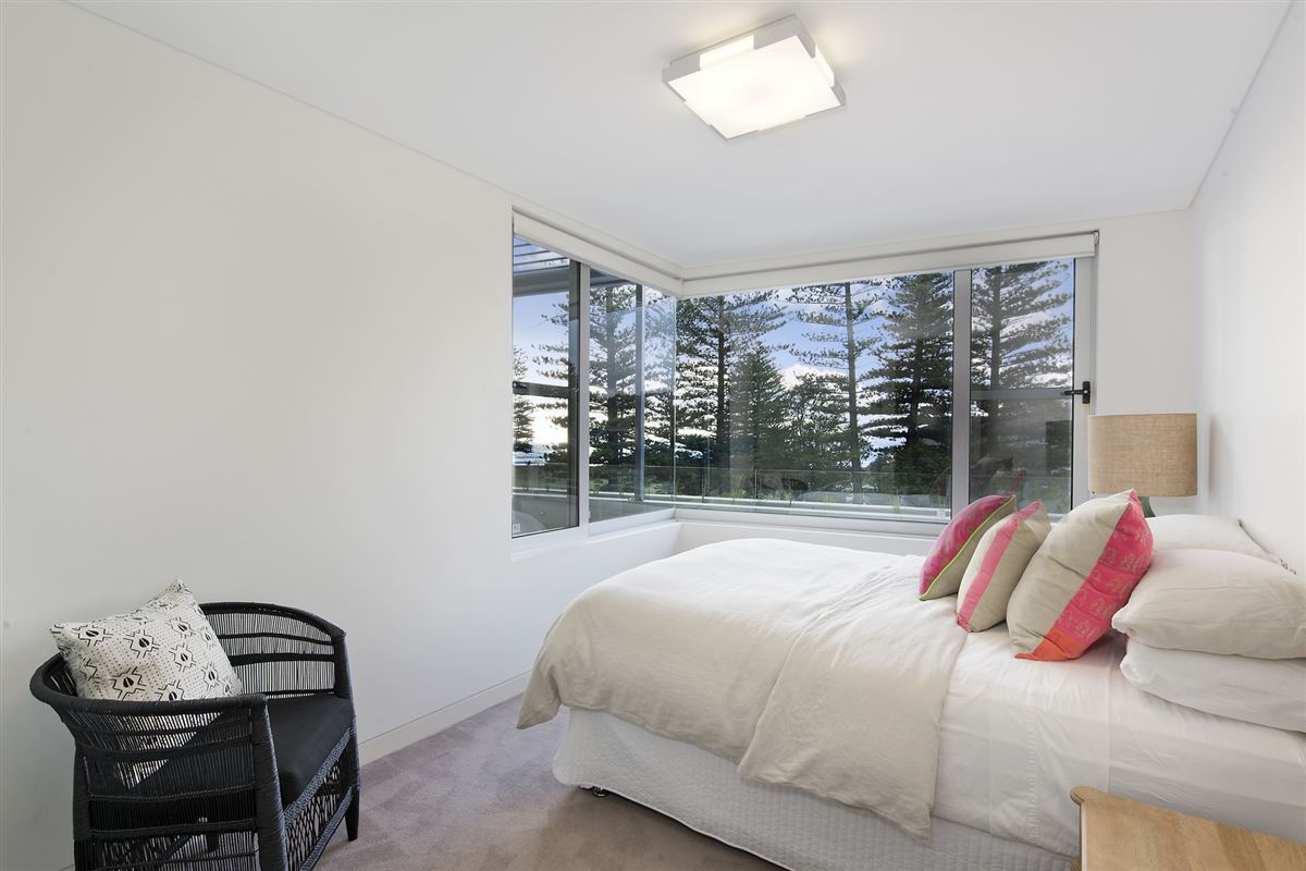 contemporary Oceana apartment  luxury homes