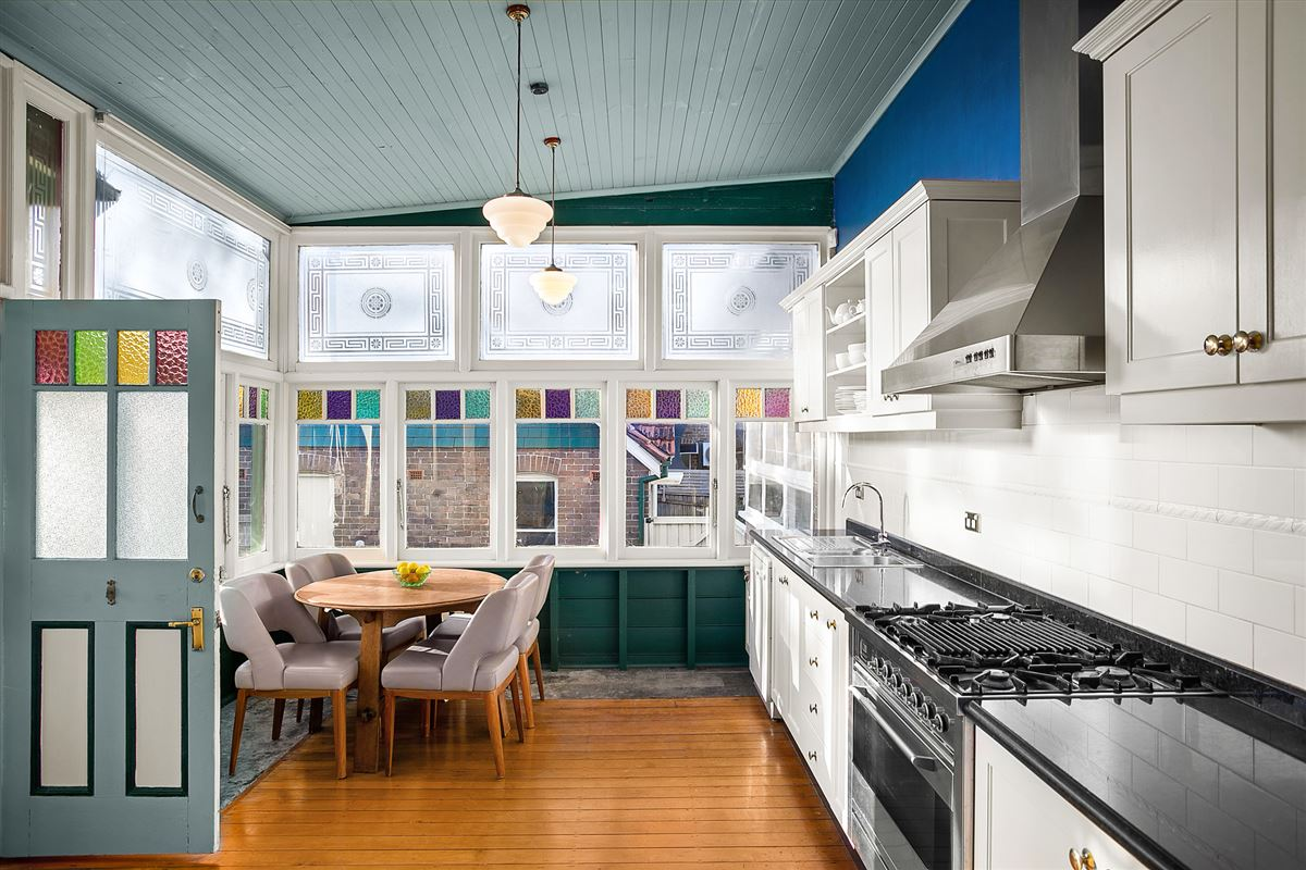 Luxury homes Traditional elegance