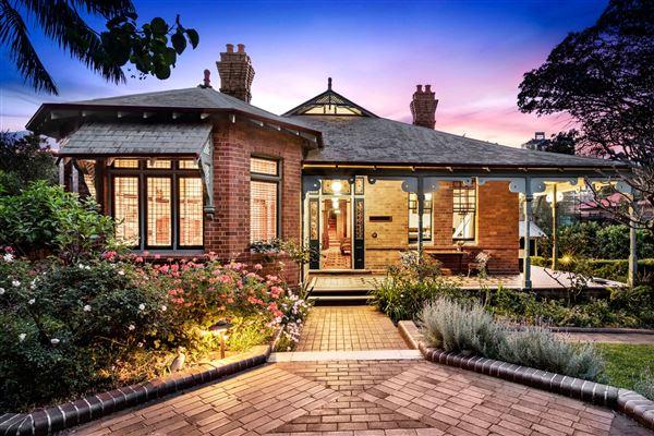 Australia Luxury Homes And Australia Luxury Real Estate Property Search Results Luxury Portfolio