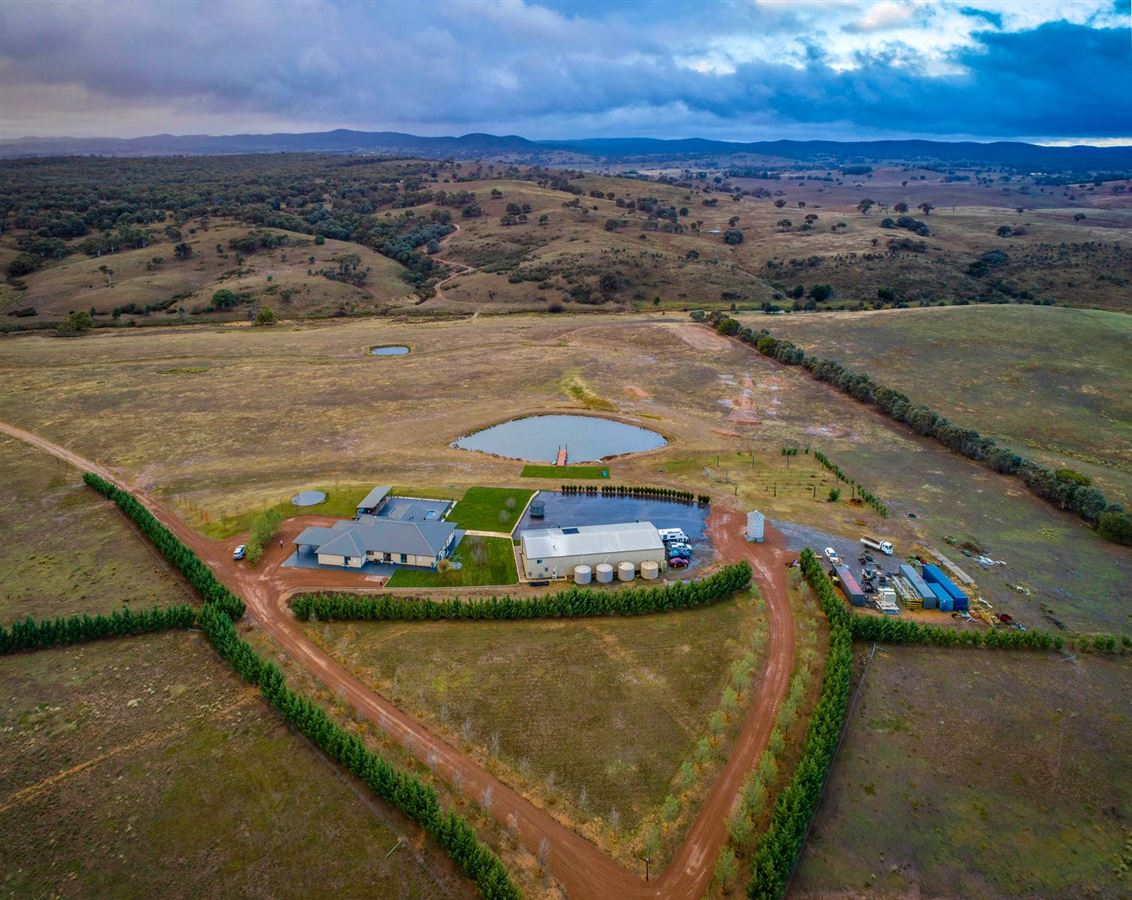 special YASS RIVER property luxury homes