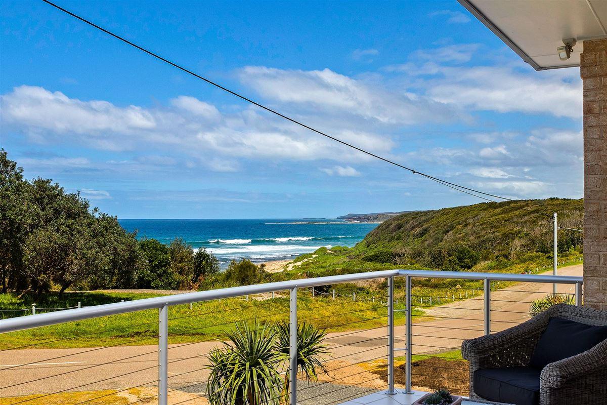 Beachfront Bliss luxury homes