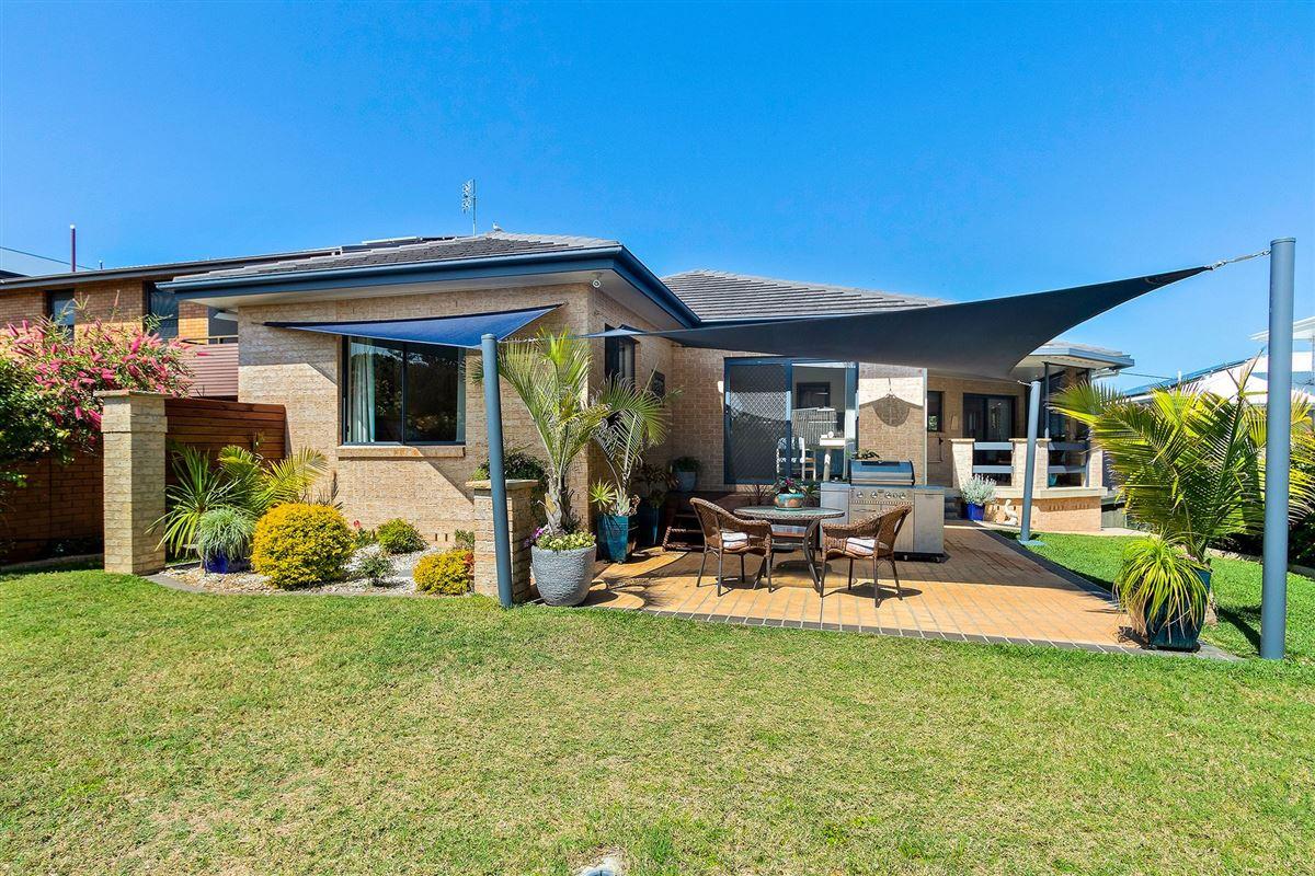 Beachfront Bliss luxury properties