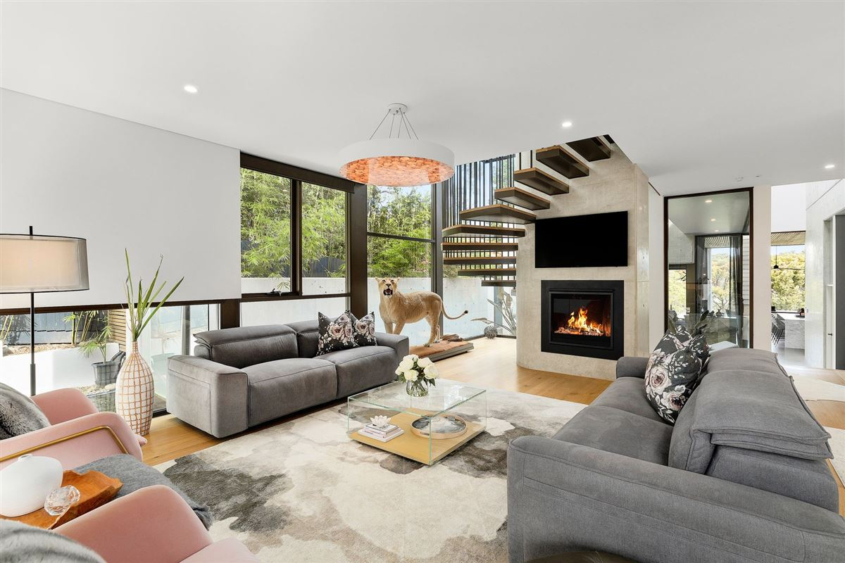premium-quality construction luxury homes