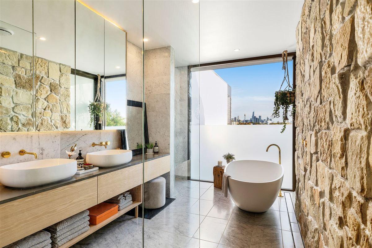 Luxury properties premium-quality construction