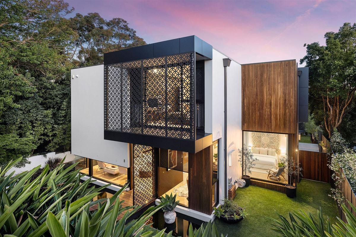 Mansions premium-quality construction