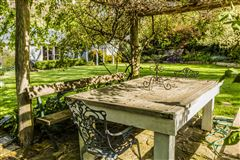 Luxury real estate Corinda Grange