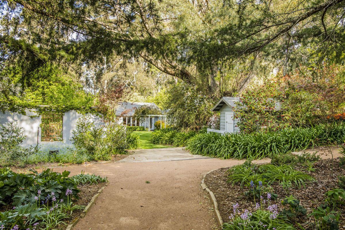 Corinda Grange luxury real estate