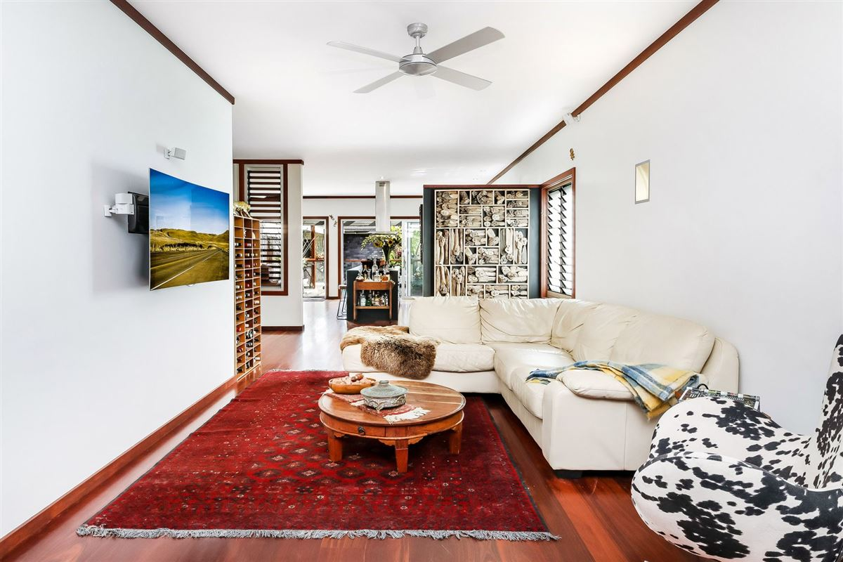 resort-style luxury living luxury homes