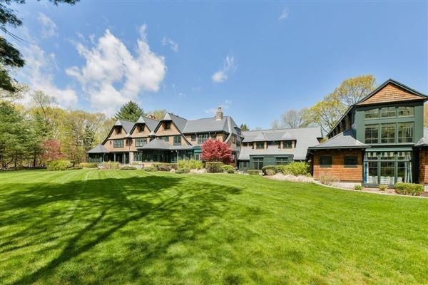 Luxury properties Magnificent shingle style estate on four acres