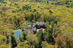 Luxury real estate Magnificent shingle style estate on four acres