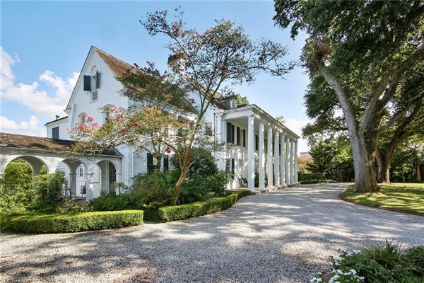 grand colonial overlooking country club golf course luxury homes