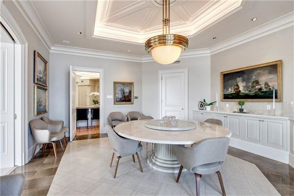 Luxury homes in magnificent top floor corner Penthouse