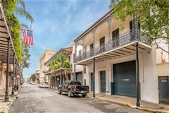 Luxury homes in French Quarter Magnificence