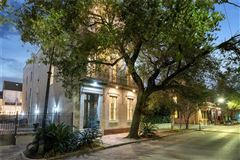 Mansions in beautiful historic estate in the Marigny