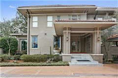 Mansions in beautiful totally renovated home on oversized lot