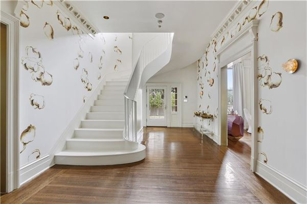 Luxury real estate beautiful totally renovated home on oversized lot