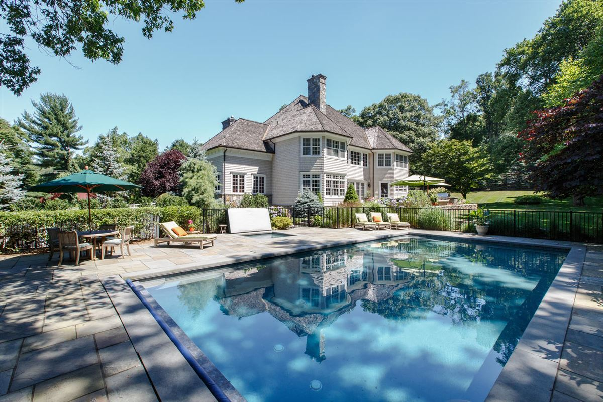 Luxury homes classic Woodcrest stone and shingle Colonial