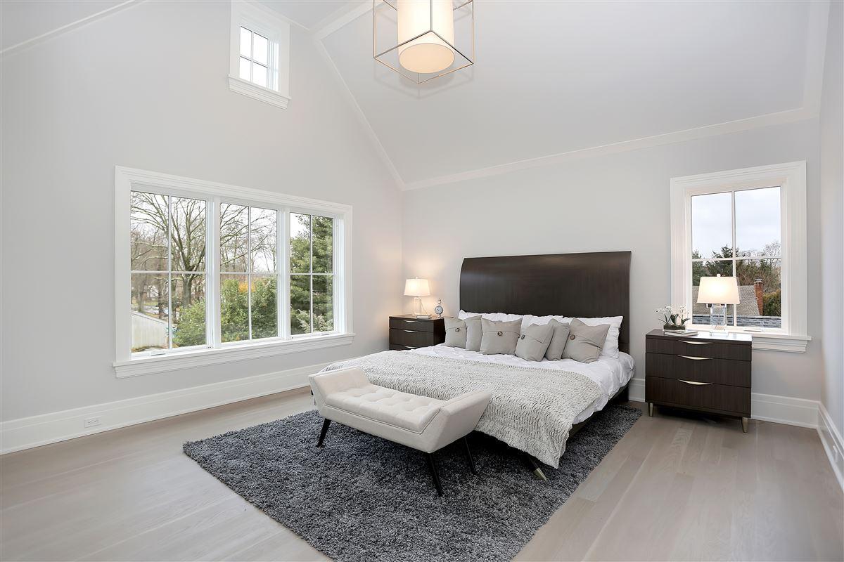 Luxury properties Spectacular new construction