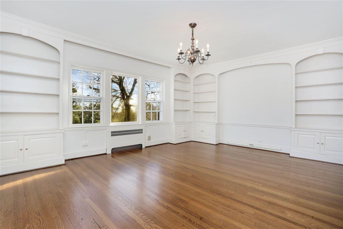 Sensational brick manor home luxury real estate