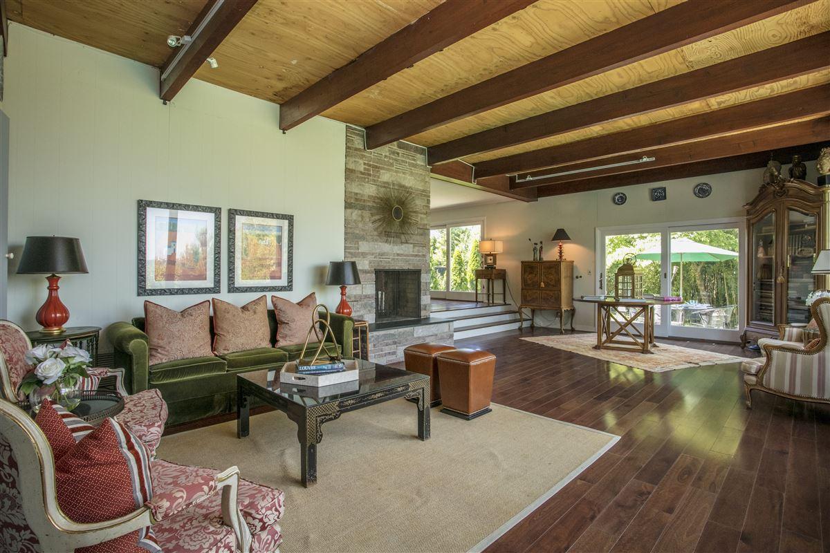 distinct mid-century home luxury homes