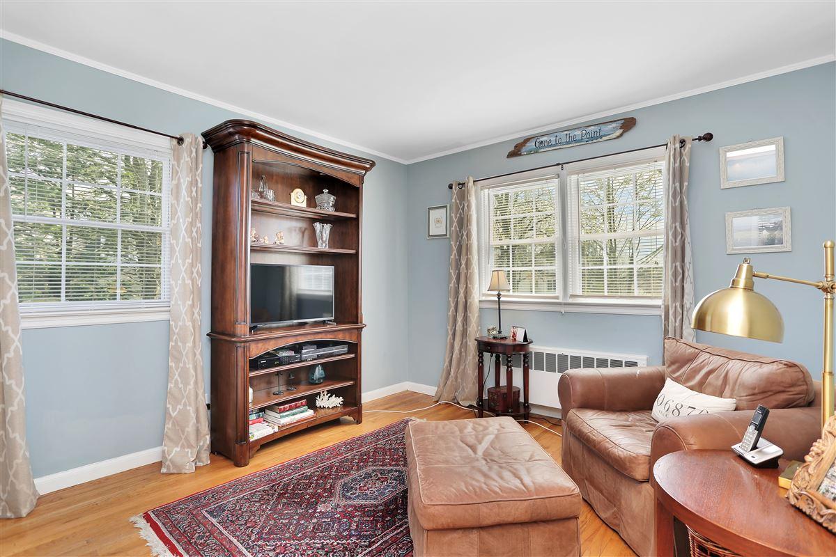 Luxury real estate Inviting three bedroom split-level ranch