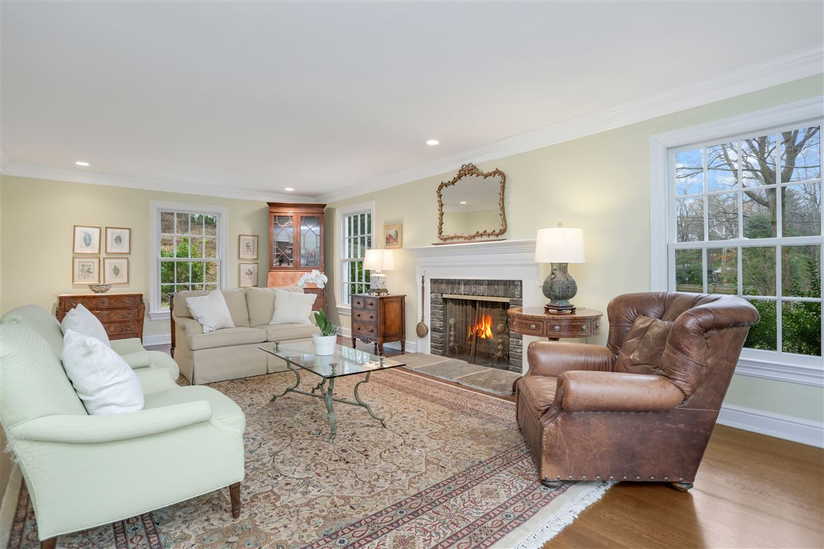 Luxury homes Timeless four bedroom colonial
