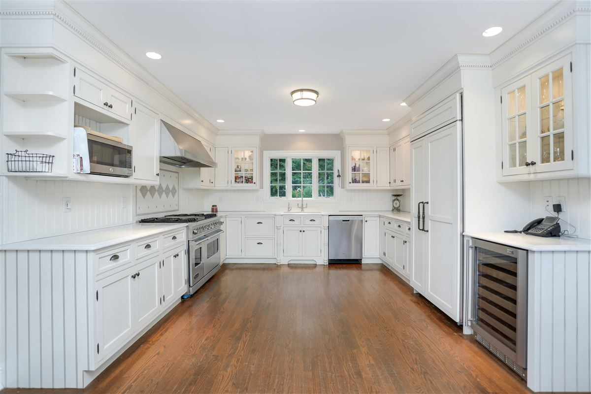 Luxury real estate Timeless four bedroom colonial