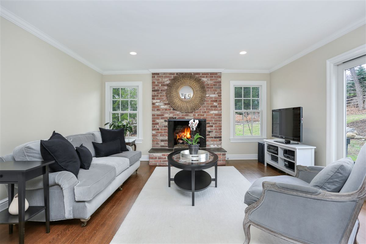 Luxury properties Timeless four bedroom colonial