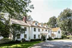 stunning recently renovated colonial luxury properties