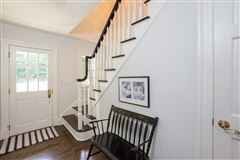 stunning recently renovated colonial mansions