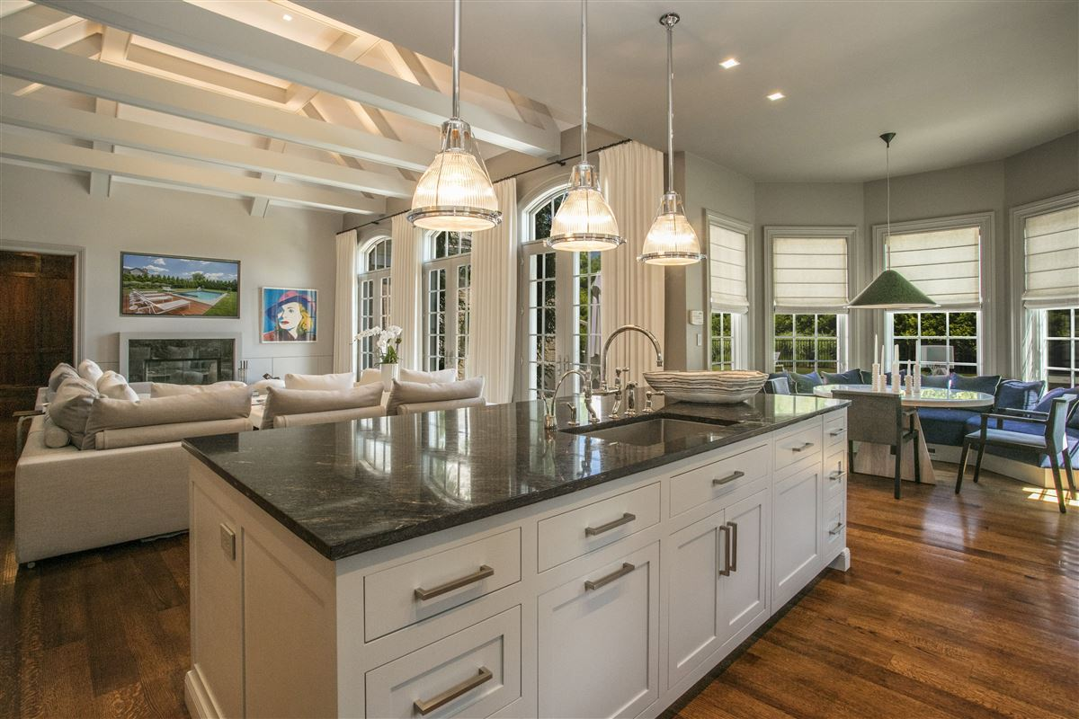 Fabulous custom designed home luxury properties