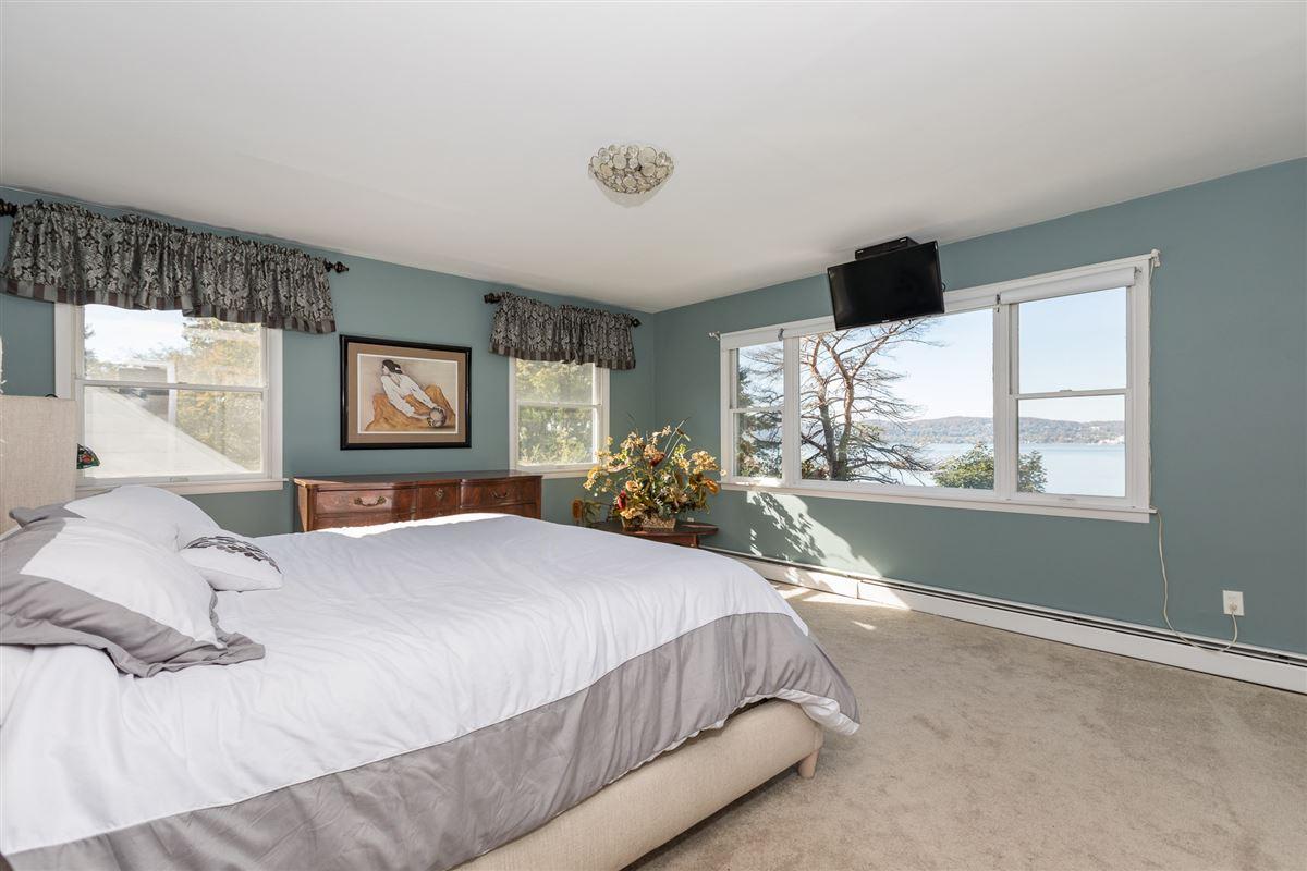 stunning hudson river views luxury real estate