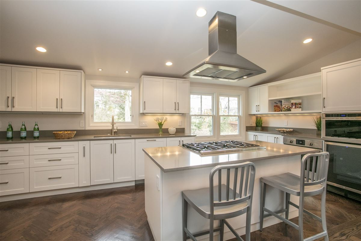 completely updated Larchmont gem luxury homes