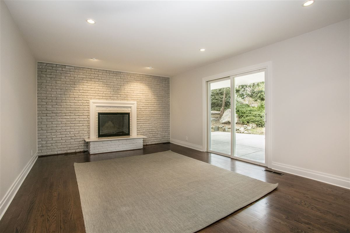 Luxury real estate completely updated Larchmont gem