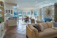 Luxury homes Gated property on 13 private acres