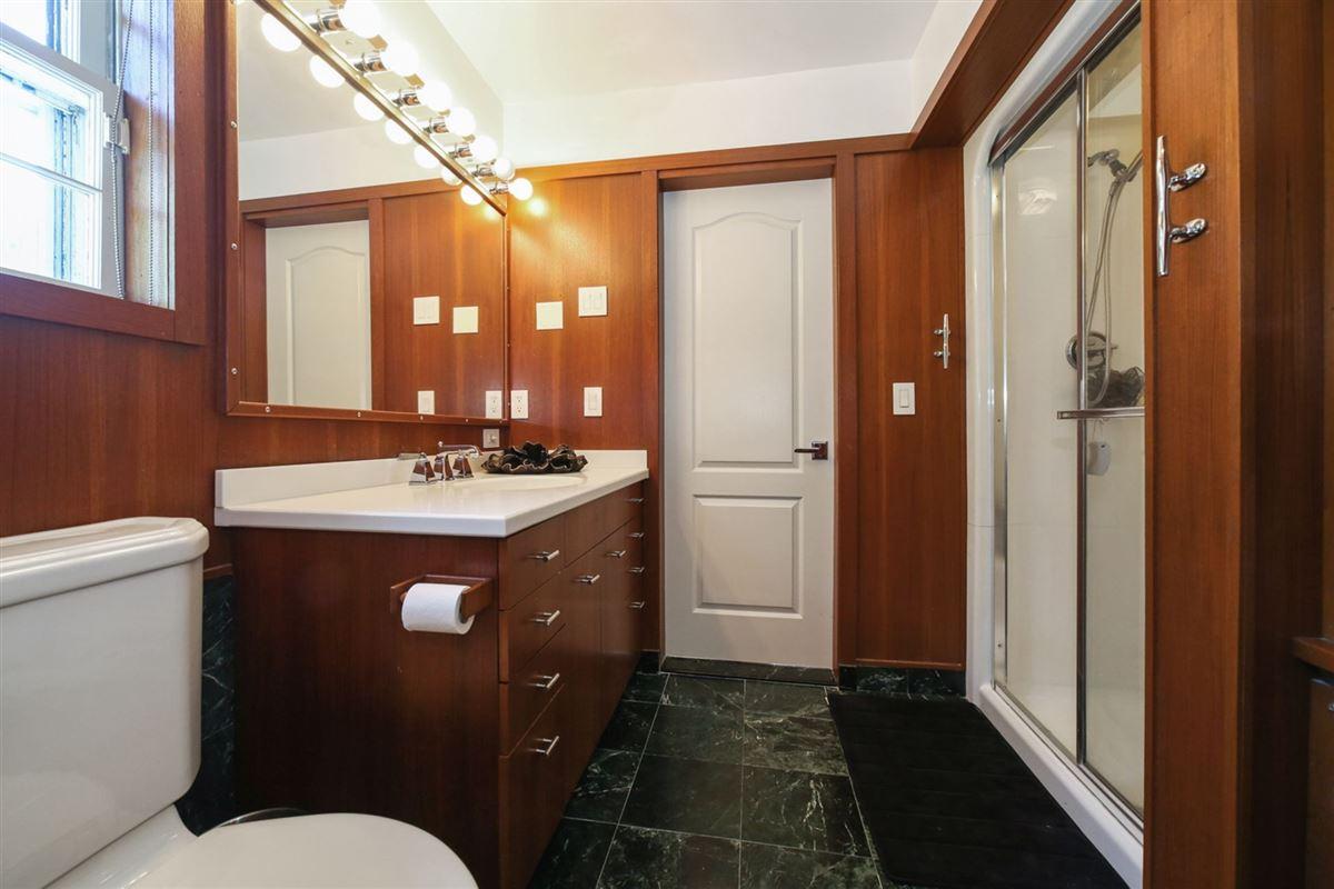 an exquisite Mediterranean in Beechmont Estates luxury properties