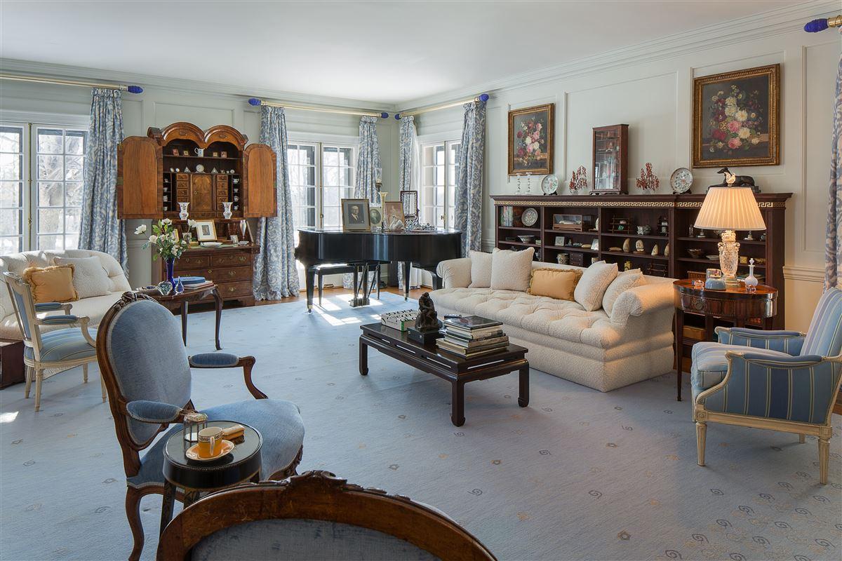 Hidden Brook luxury properties