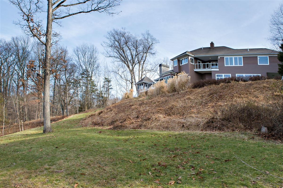 Your own Hudson River paradise luxury real estate