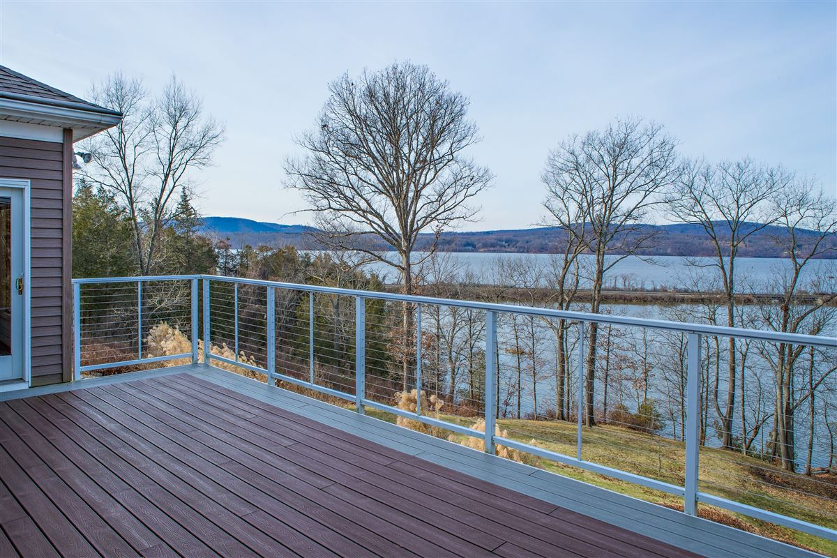 Your own Hudson River paradise luxury properties