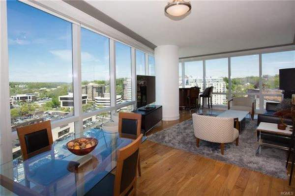 Luxury homes Experience Ritz-Carlton luxury Living Every Day