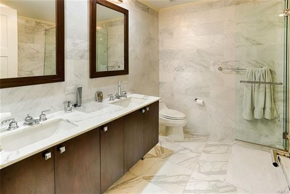 Mansions Experience Ritz-Carlton luxury Living Every Day