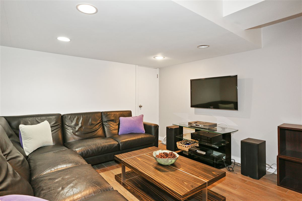 Scarsdale private sanctuary luxury homes
