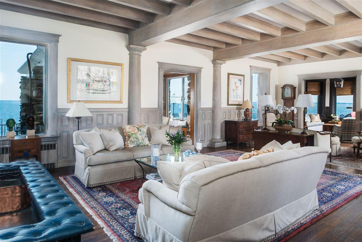 Luxury real estate Rocklyn