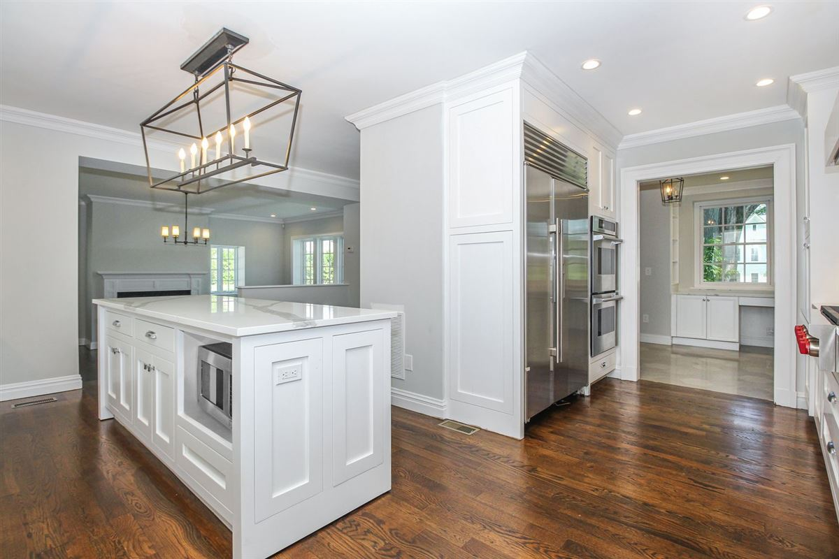 Luxury real estate elegant Stone Manor Colonial