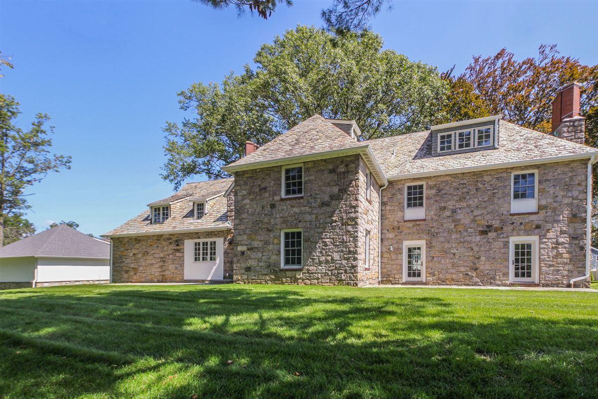 elegant Stone Manor Colonial luxury real estate