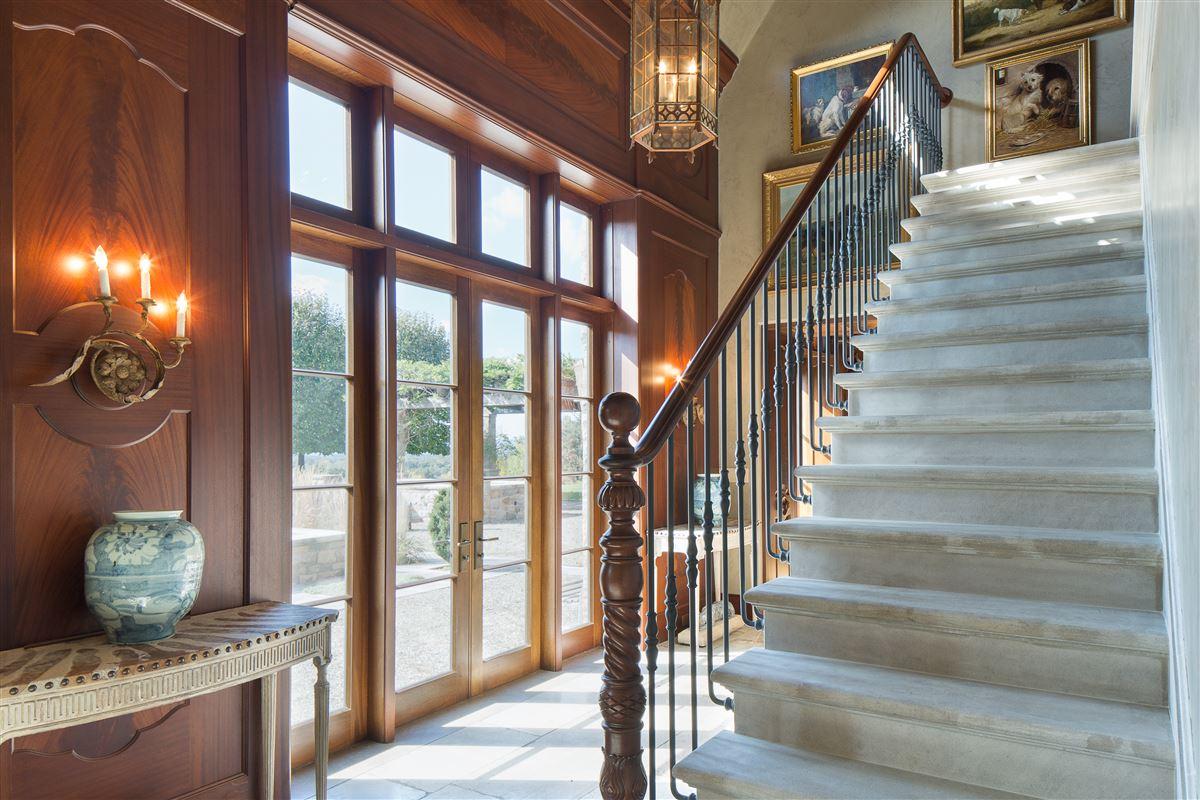 Luxury real estate Folly Farm